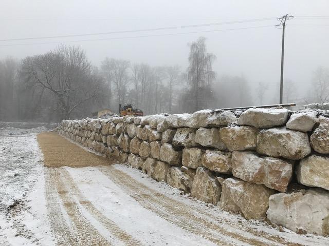 mur-blocs-de-cusy